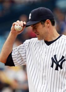 Yankees-pitcher-Mike-Mussina-retires