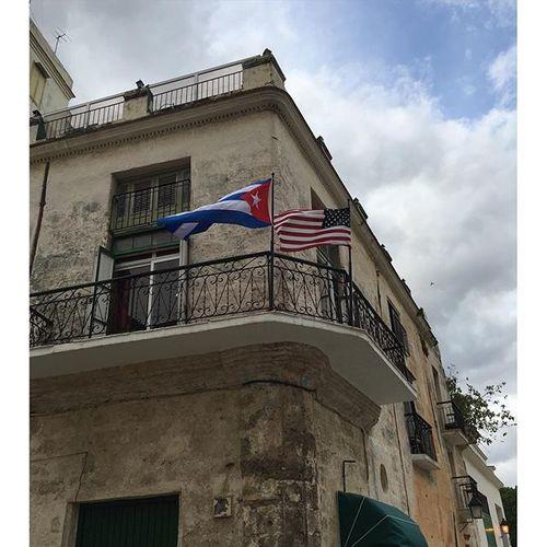 Tienes Que Ver TV: Los Rays en Cuba (Must SeeTV)