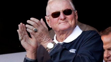 Hawk Harrelson's Can 'o' Corn Home Run