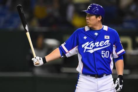Orioles Kim Hyun-soo hits first triple in MLBcareer