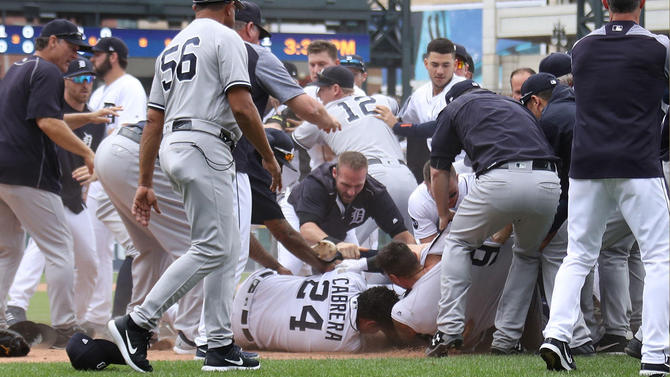 Punches Thrown In Yankees/DetroitGame